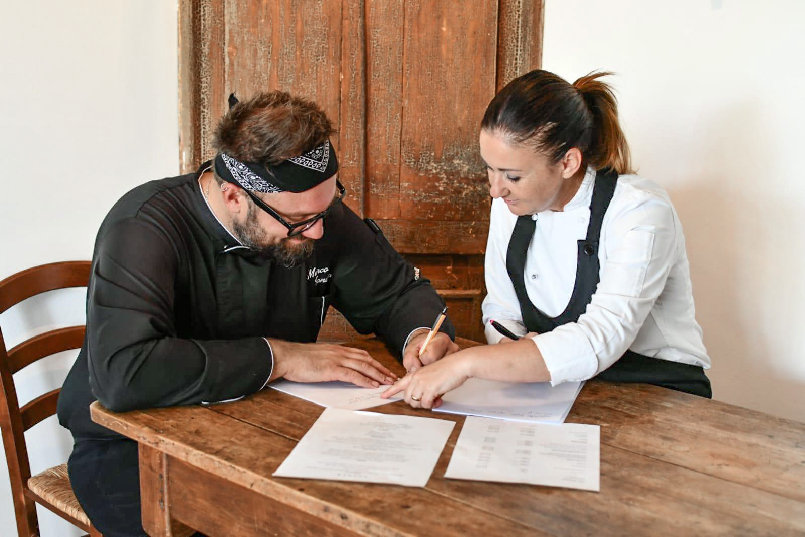 Tiziana e Marco preparano il nuovo menù Solder