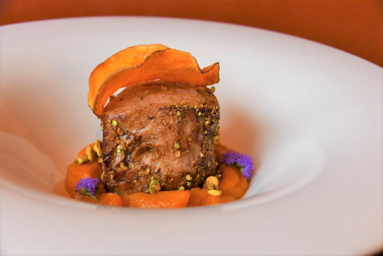 filetto di vitello in crosta di pistacchi